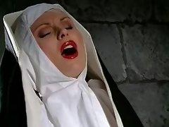 Scharfe Nonne